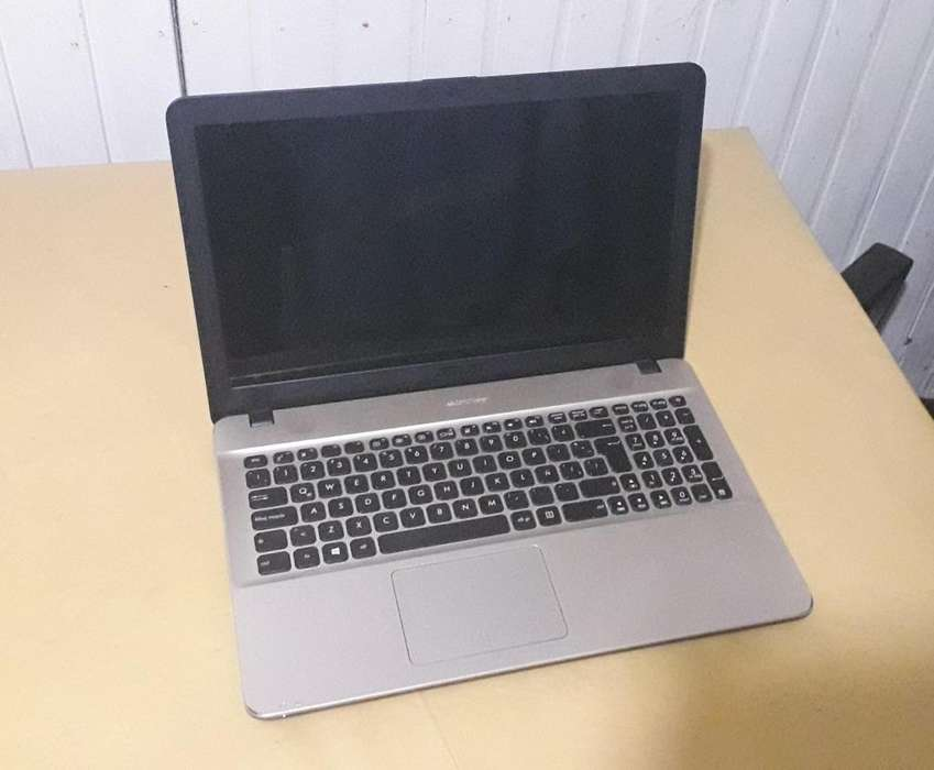 Notebook Asus X54U11 Intel i3 500GB 8 Ram