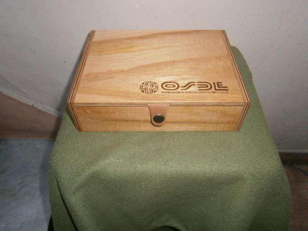 cajita de madera nueva 24 X 18 ancho X 6,5 alto