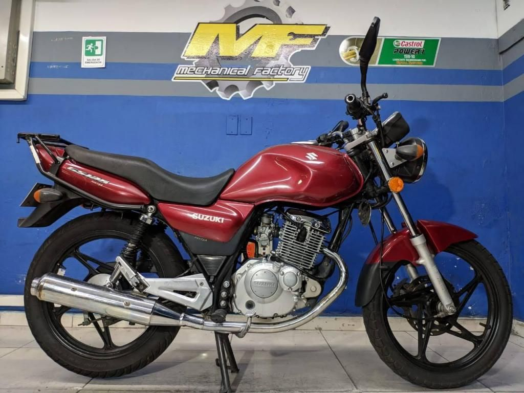 SUZUKI GS 125 MODELO 2009 BUEN ESTADO