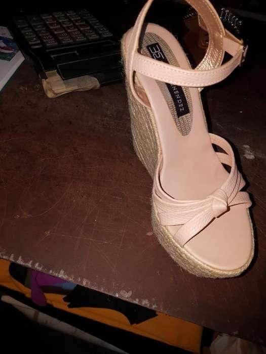 Zapatos para Damas Ecuatorianos