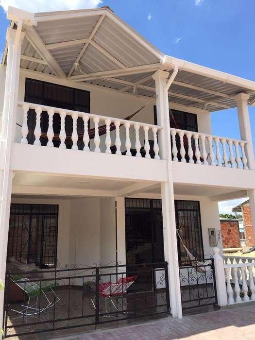 Alquilo Hermosa Y Cómoda Casa En Tocaima