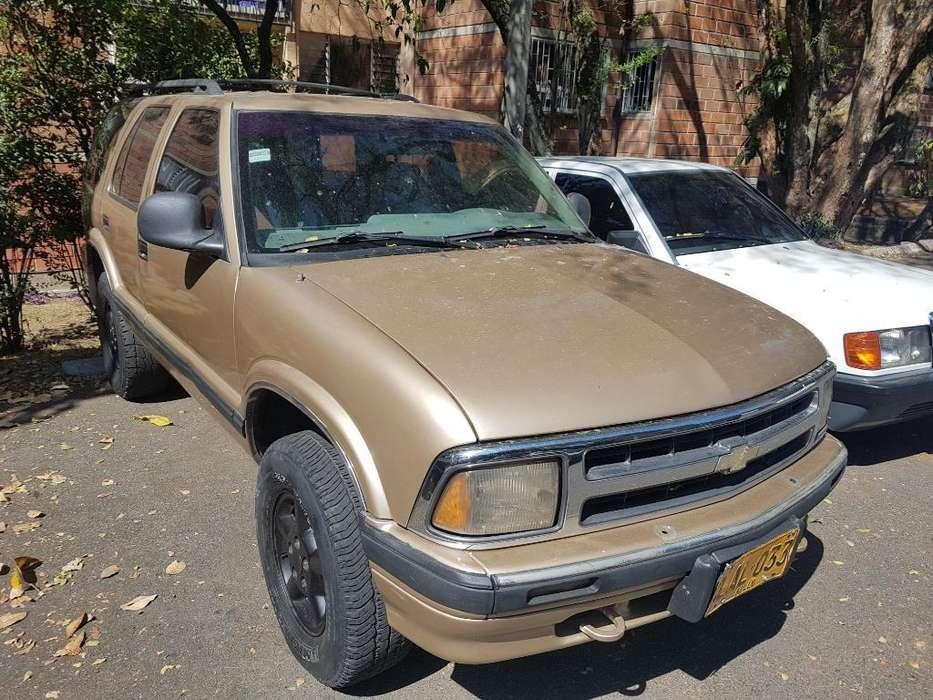 Chevrolet Mini Blazer 1996 - 1000 km