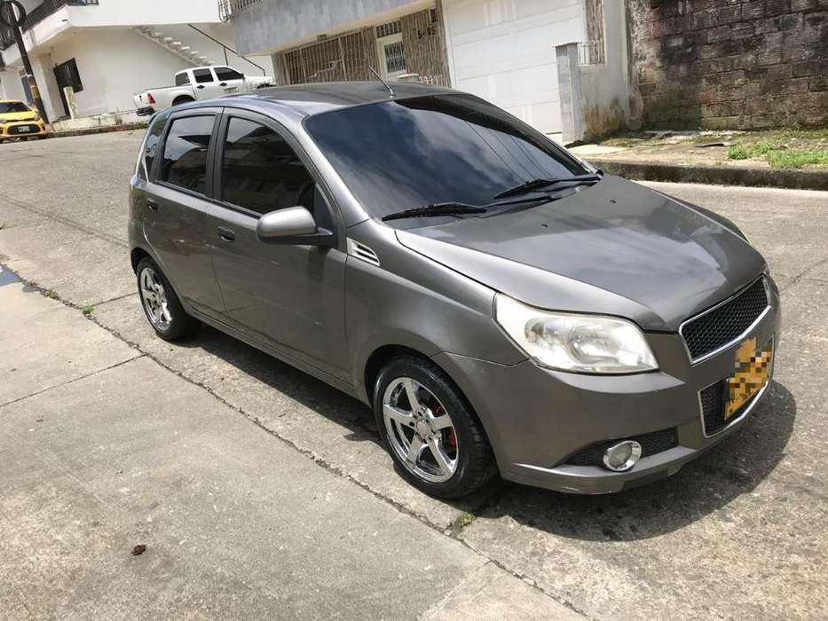 Chevrolet Aveo Emotion 2011 - 141200 km