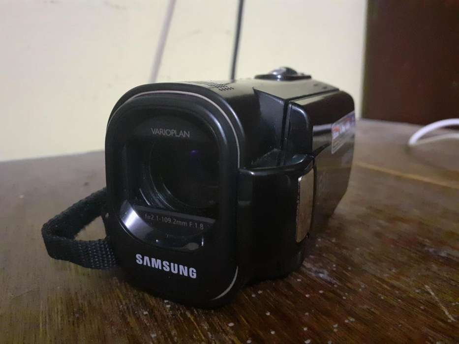 Samsung F40 Videocámara