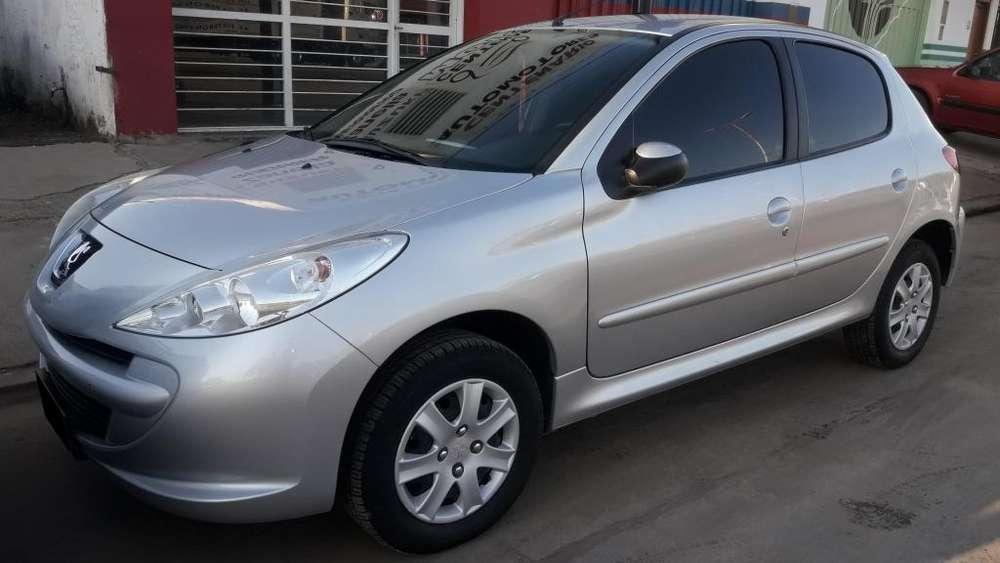 Peugeot 207 2012 - 55000 km