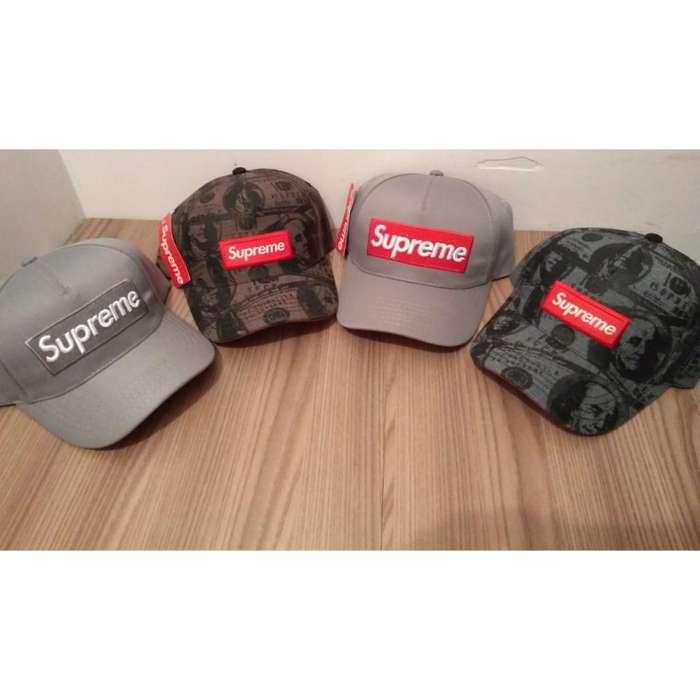 Gorras Supreme