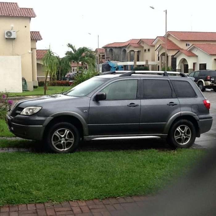 Mitsubishi Outlander 2006 - 300000 km
