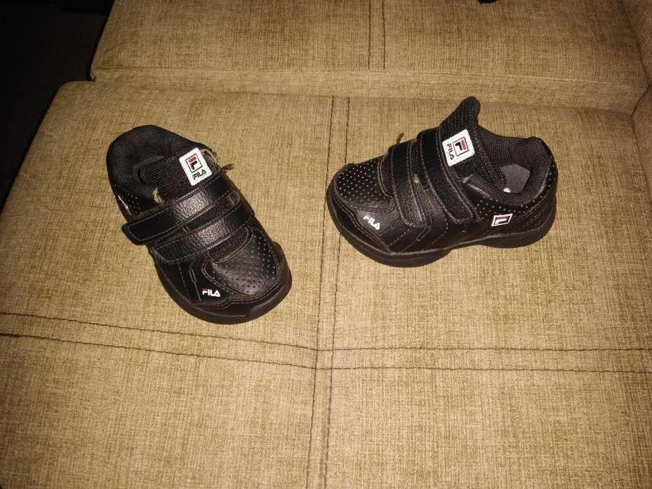 Se Vende Zapatillas Marca Fila para Niño