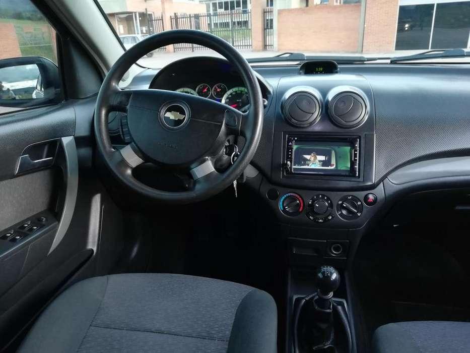 Chevrolet Aveo Emotion 2010 - 100 km