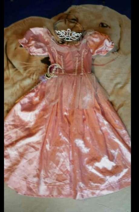 Vendo Disfraz Dr Princesa Talla 10