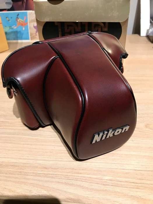 Estuche Nikon Nuevo CF-20