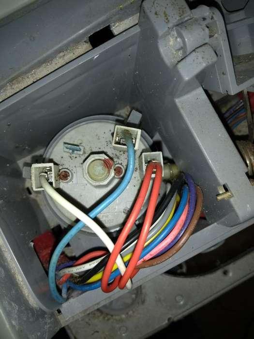 Técnico en Reparación de Lavadoras