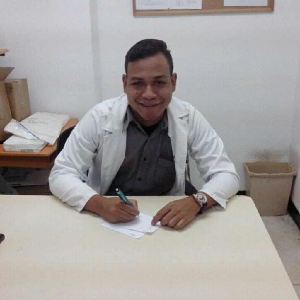 Medico General Busco Empleo Relacionado