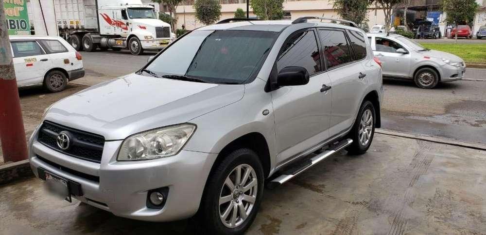 Toyota RAV4 2010 - 150000 km
