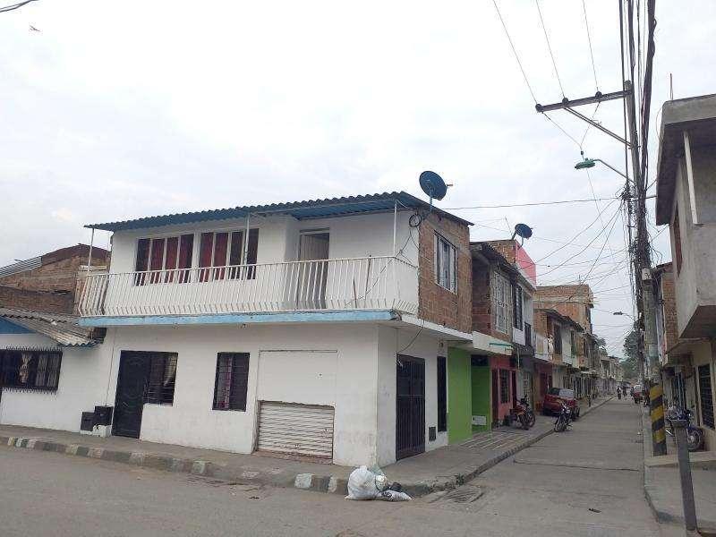 Casa-Local En Venta En Cali Petecuy Primera Etapa Cod. VBKWC-10404233