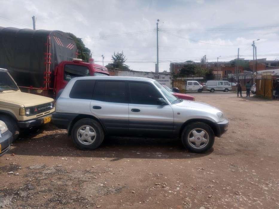 Toyota RAV4 1998 - 170000 km