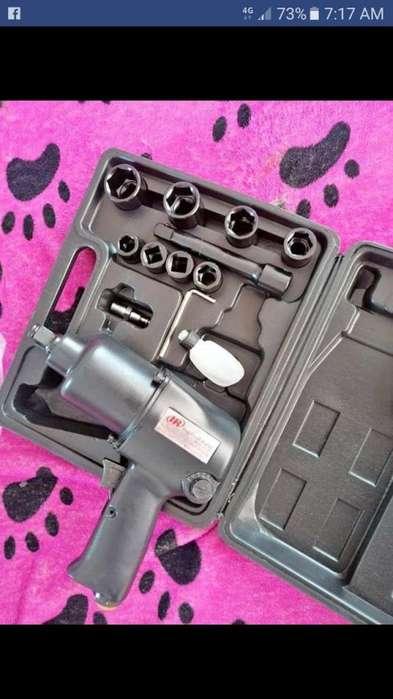Pistola de impacto y pistola eléctrica