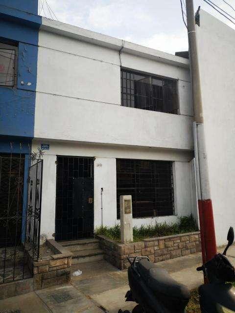 OCASION VENDO CASA EN URB. SANTA MARINA, CALLAO