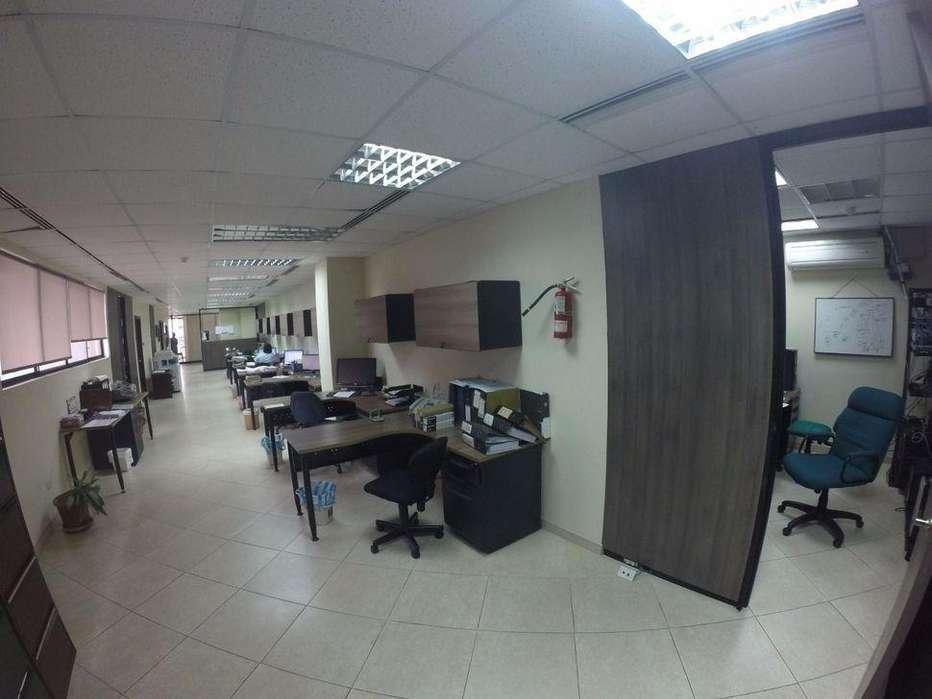 <strong>oficina</strong> Remodelada Av 9 de Octubre