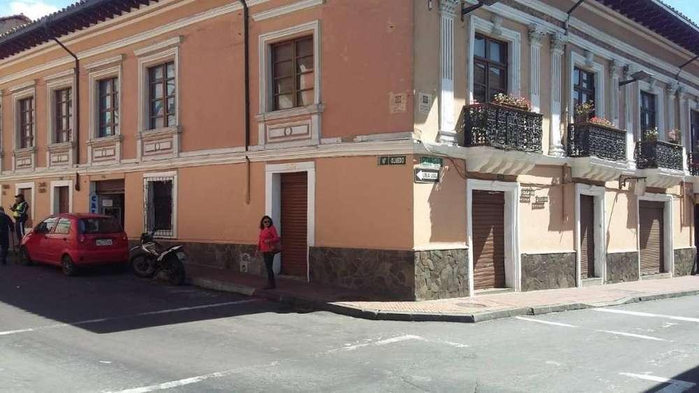 Casa en Venta Casco Colonial/ Centro de Quito/ cerca de la Basilica