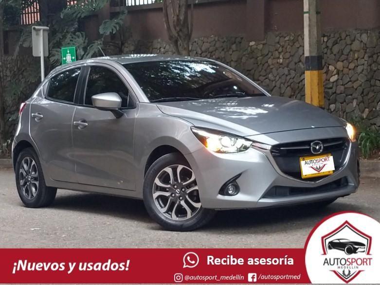 Mazda 2 Grand Touring - Financiamos