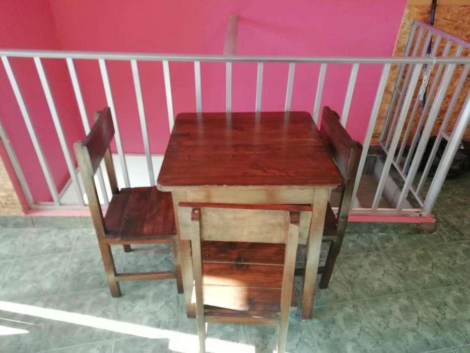 Se vende mesas de madera, sillas y bancas, estilo rustico