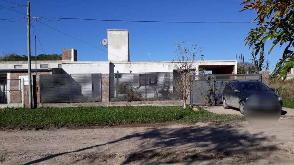 En Venta! Casa En San Benito. 100 - UD 60.000 - Casa en Venta