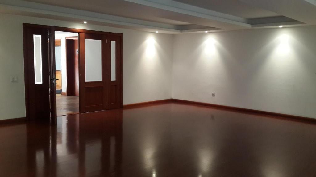 Departamento de arriendo en Quito Centro norte Bellavista Cod: A315