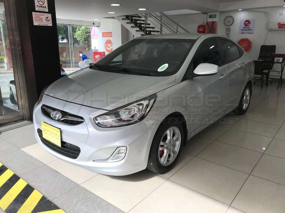 <strong>hyundai</strong> Accent 2014 - 65400 km