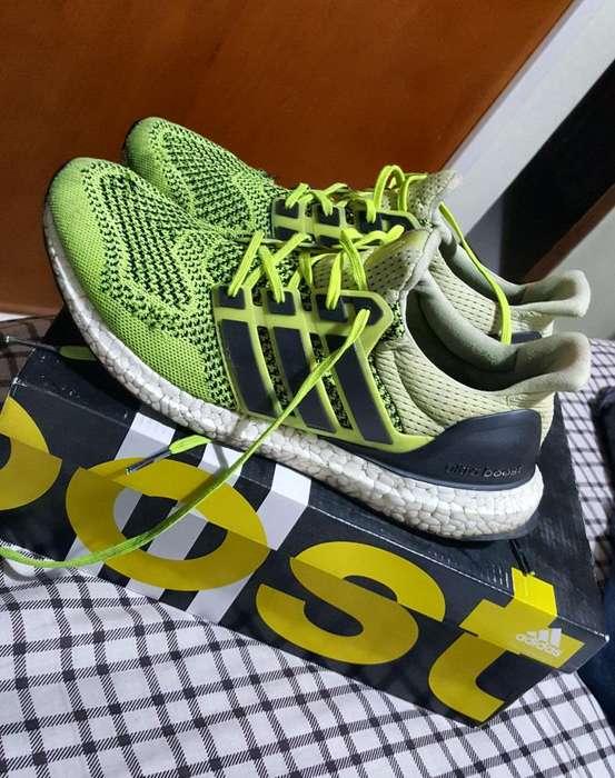 Vendo Zapatillas Adidas Ultra Boost