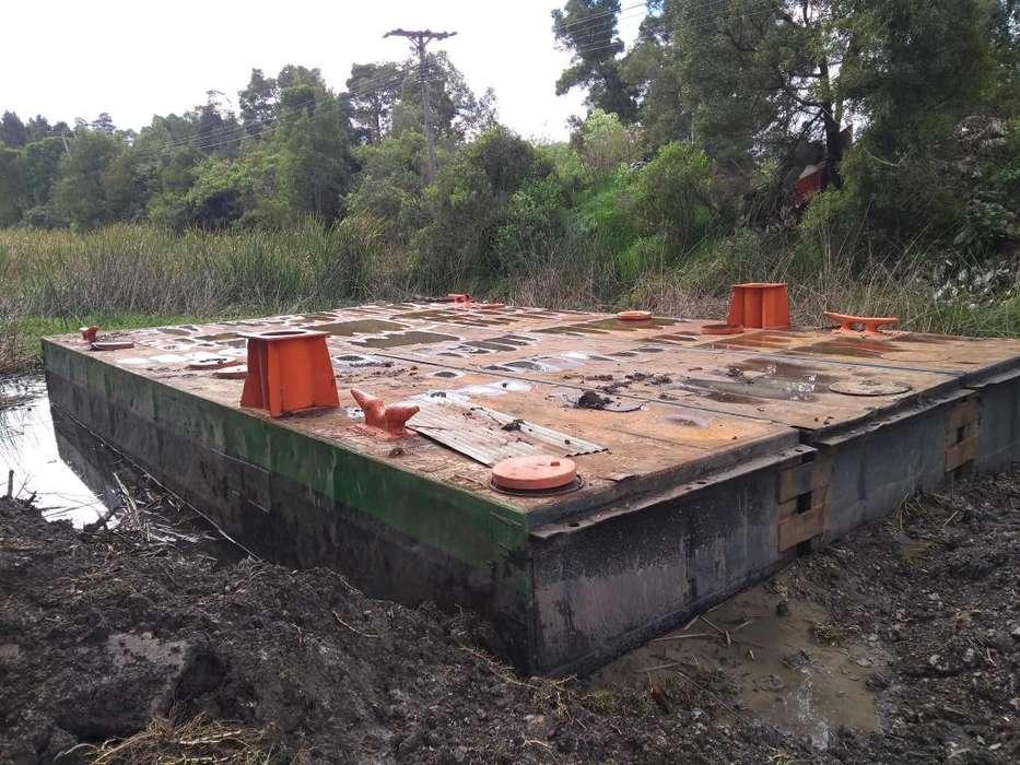 Bote modular para trabajos en lagunas