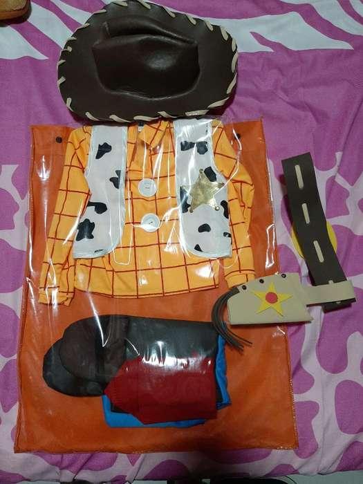 Se Vende Disfraz de Woody de Toy Story