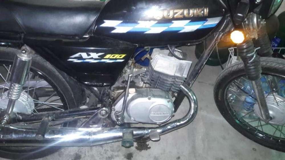 100 suzuki ax Guayas - Motos Guayas - Vehículos