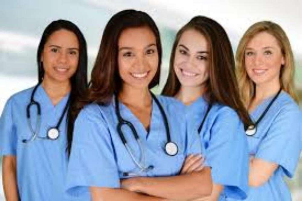 Empleoauxiliar de Enfermería Certificada