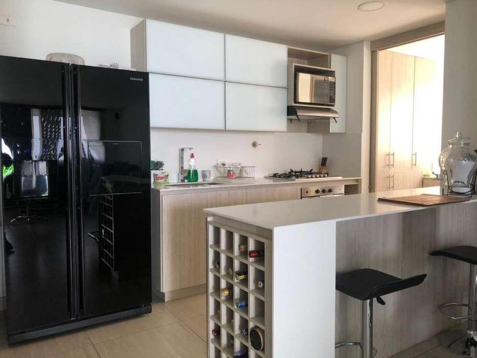 COD. L116: <strong>apartamento</strong> ESPACIOSO EN ZONA RESIDENCIAL DEL POBLADO