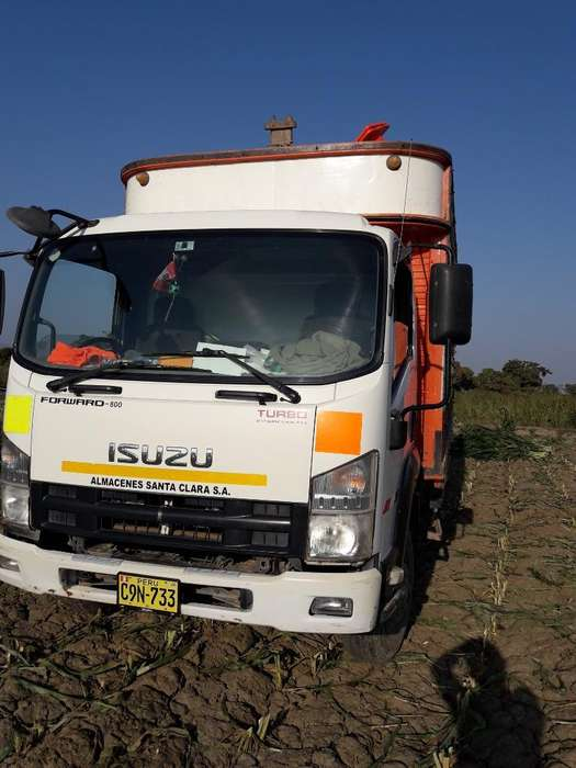 Isuzu Forward 800