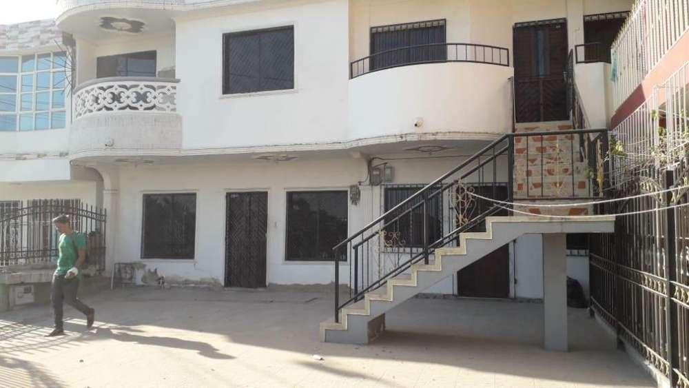 Apartamento de dos Habitaciones Barrio Caracoles Cartagena Estrato 3
