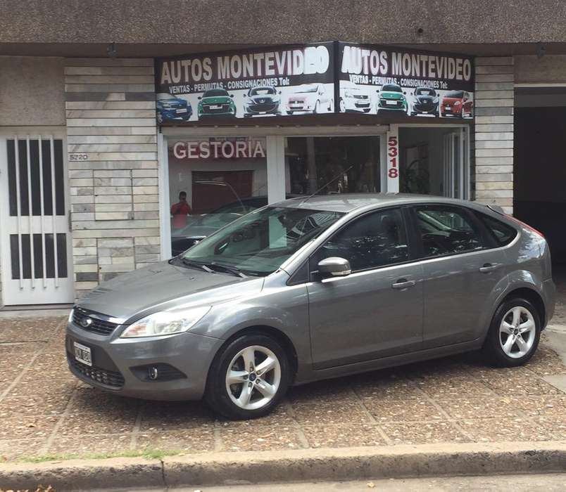 Ford Focus 2011 - 140000 km
