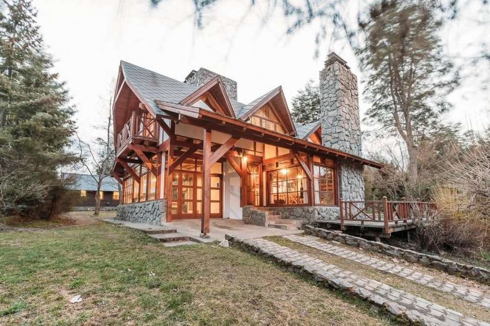 jn70 - Cabaña para 4 a 8 personas con cochera en Villa La Angostura