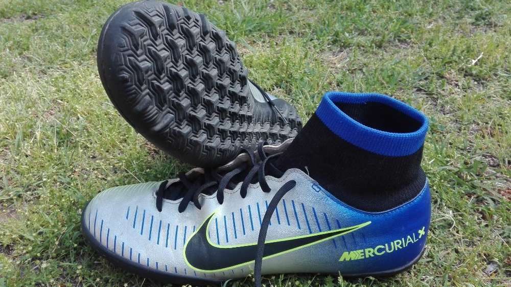 Botines Nike Mercurial X, Neymar.