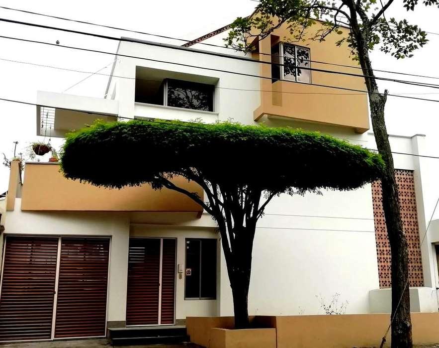 VIPASA se venden juntos 3 apartamentos