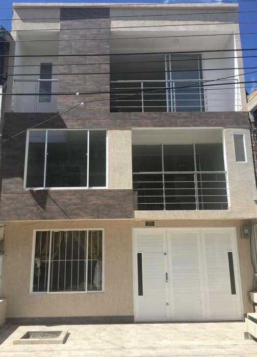 Espectacular casa en venta, barrio Lomas de Granada