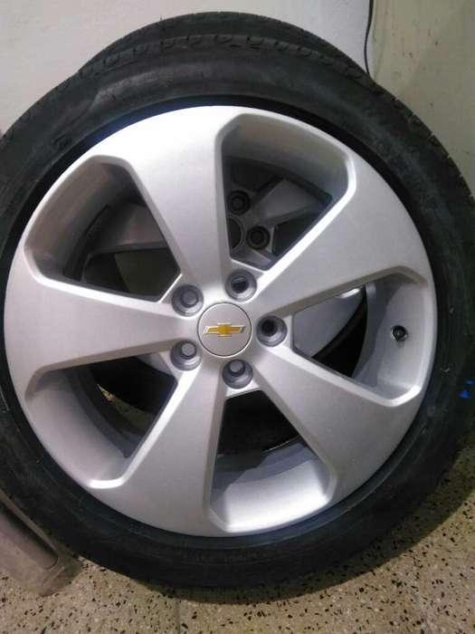 2 <strong>llanta</strong>s Armadas Chevrolet Cruze