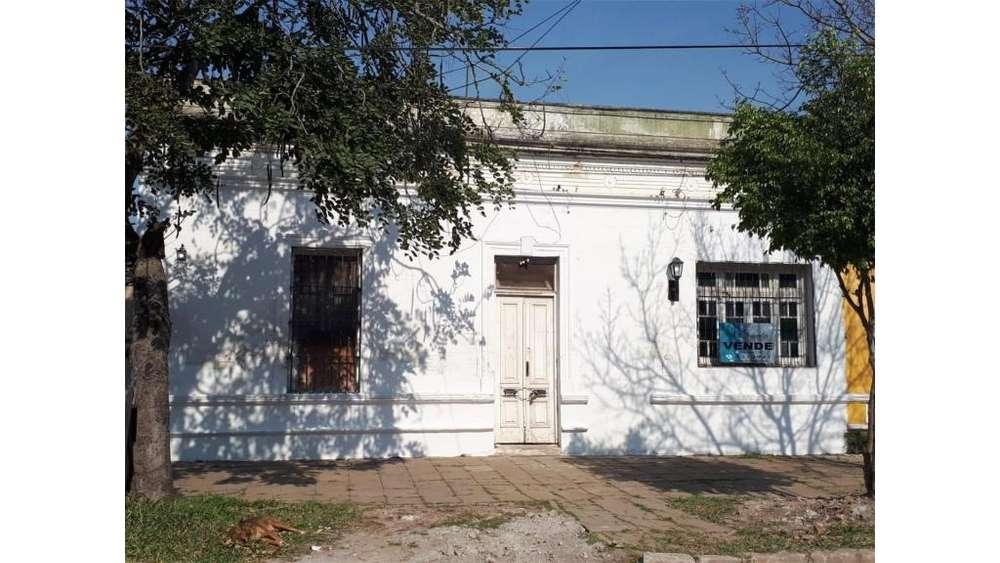 Ameghino 1200 - UD 240.000 - Casa en Venta