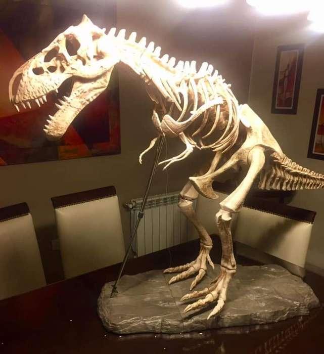 Maqueta Dinosaurio
