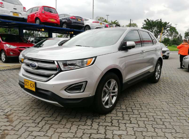 Ford Edge  2017 - 3300 km