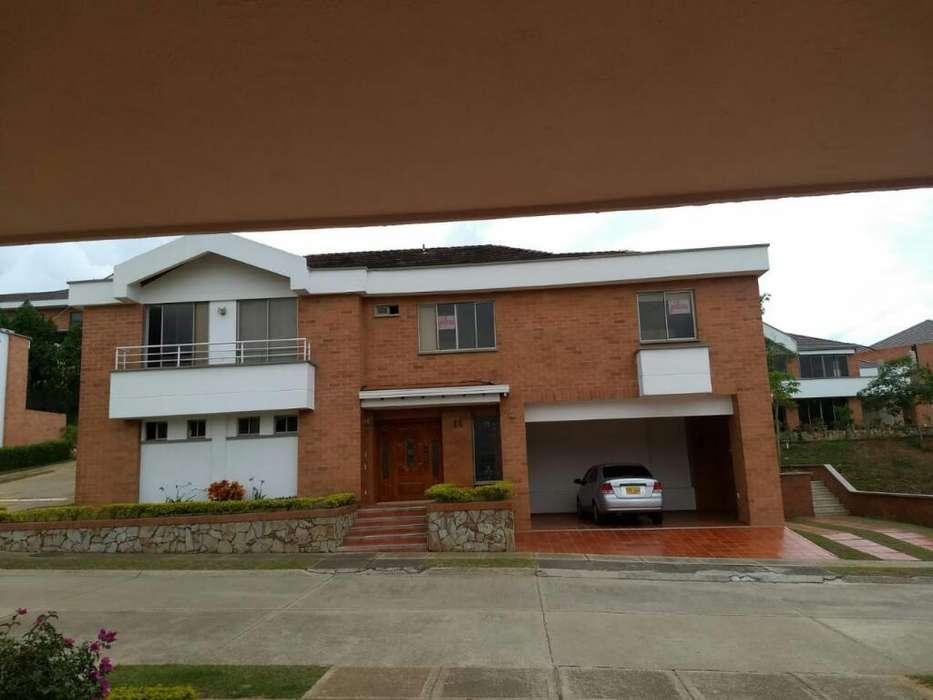 Vendo Casa en Ruitoque Condominio