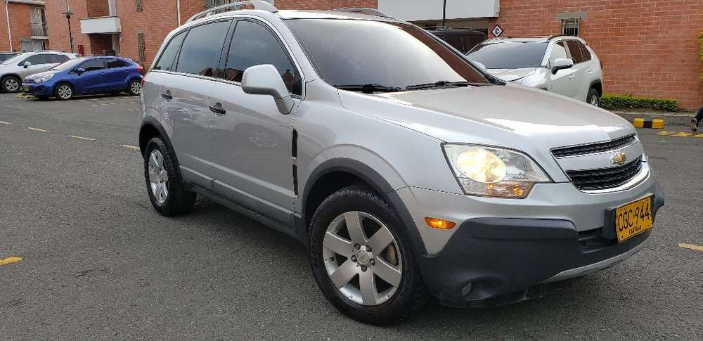 Chevrolet Captiva 2011 - 100000 km