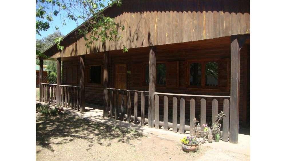 Los Espinillos 100 - 10.000 - Casa Alquiler