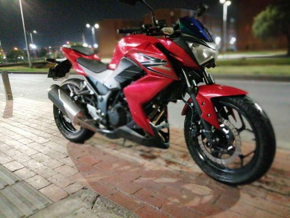 Vendo Hermosa <strong>kawasaki</strong> Z250